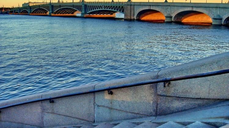 8.il ponte Troitskiy