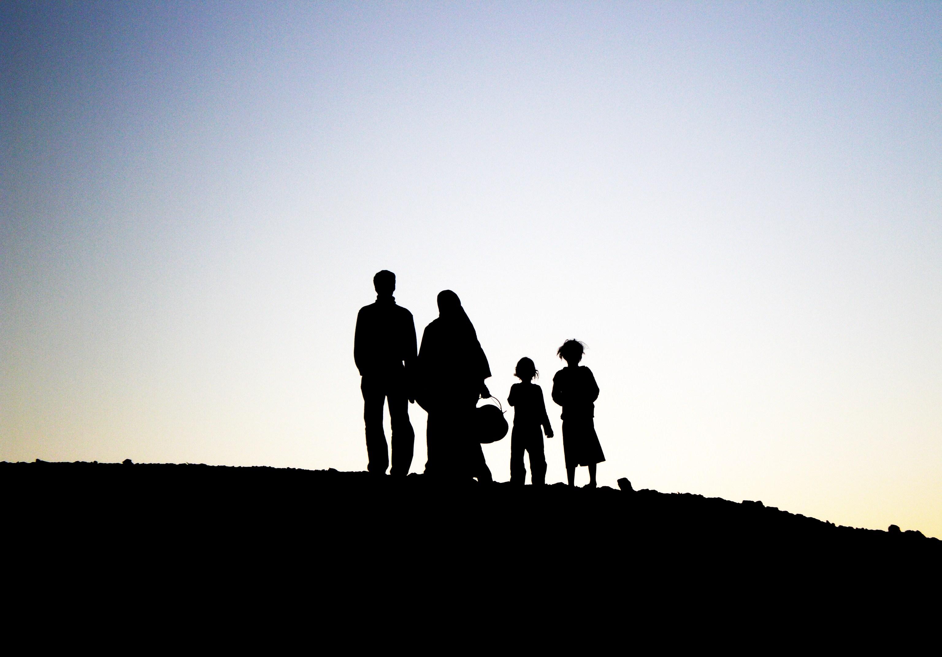 una famiglia Saharawi nel deserto del Sahara