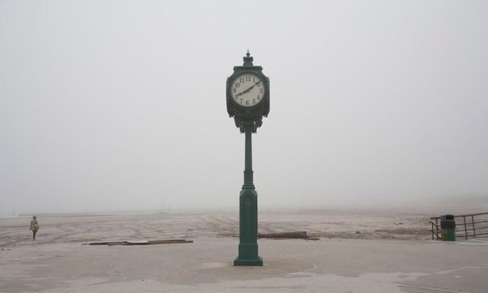 "Marco Enea Monti | ""senza titolo"" Rockaway Park Beach (New York - USA 2010)"