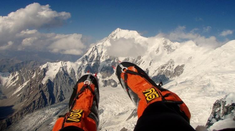 Nives Meroi sulla cima del K2