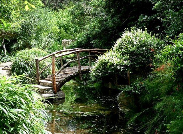 Dimmi che giardino hai the trip magazine racconti di for Lanterne giardino zen