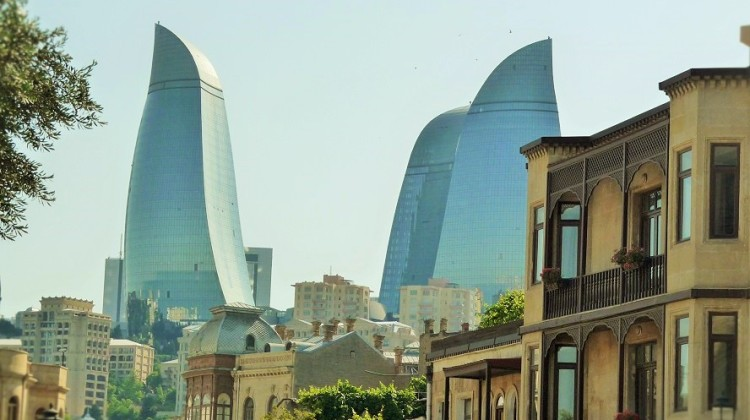 Baku Azerbagian le Flame Towers