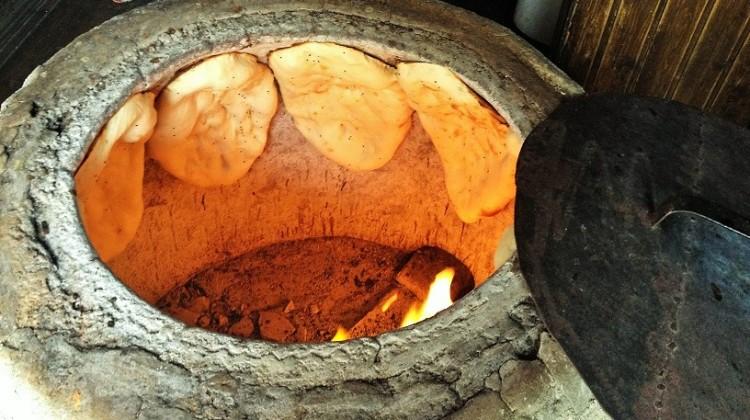 Baku Azerbagian cottura del pane