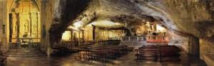 Santuario_panoramica-grotta