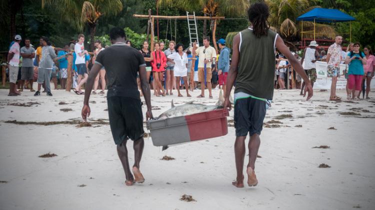 1-Simona-Ottolenghi-Seychelles-fishing-competition-the-trip-magazine