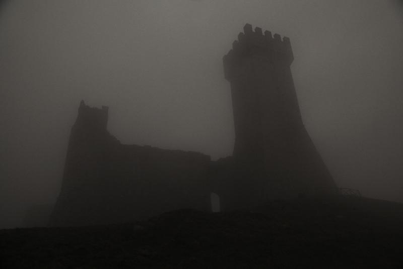 ombre-nella-nebbia-my-trip-cristina-vatielli-via-francigena-the-trip-magazine (6)