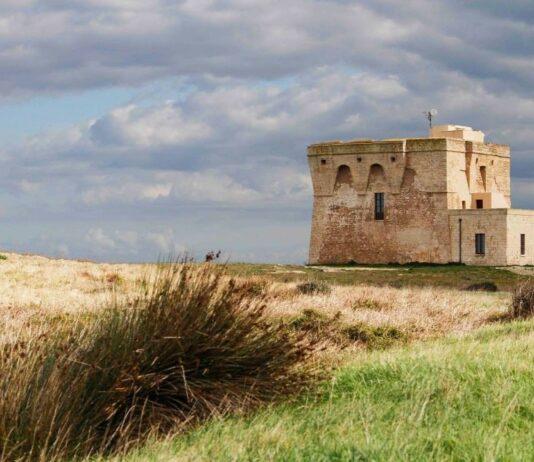 Costruzione nella Riserva naturale di Torre Guaceto